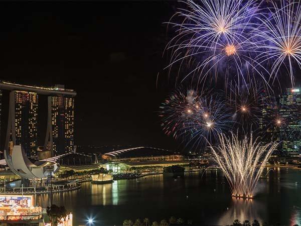 Arrive Singapore - City Tour - Cruise