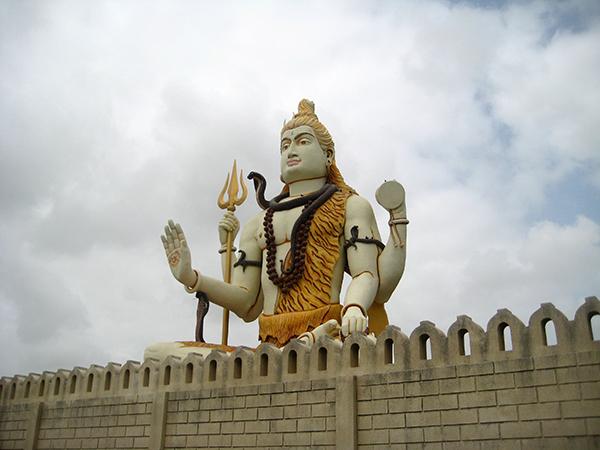 Jamnagar – Dwarka (150km/3hrs)