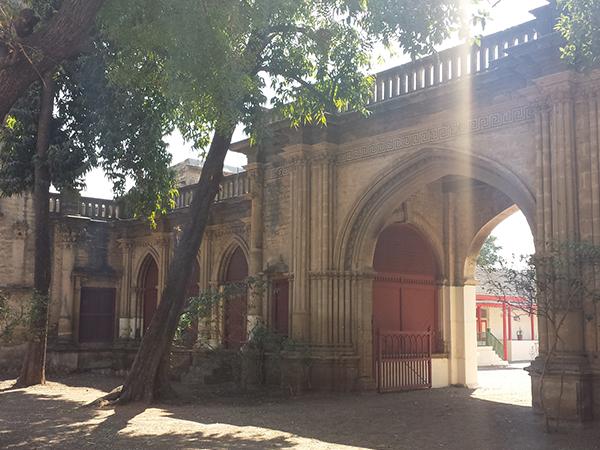 Sasan Gir – Virpur – Gondal – Ahmedabad (370km/7hrs)