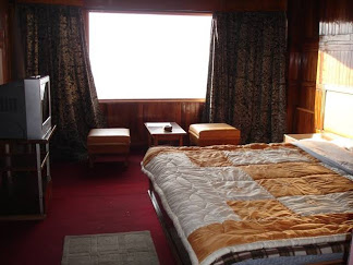 Darjeeling Deluxe Hotel - 3