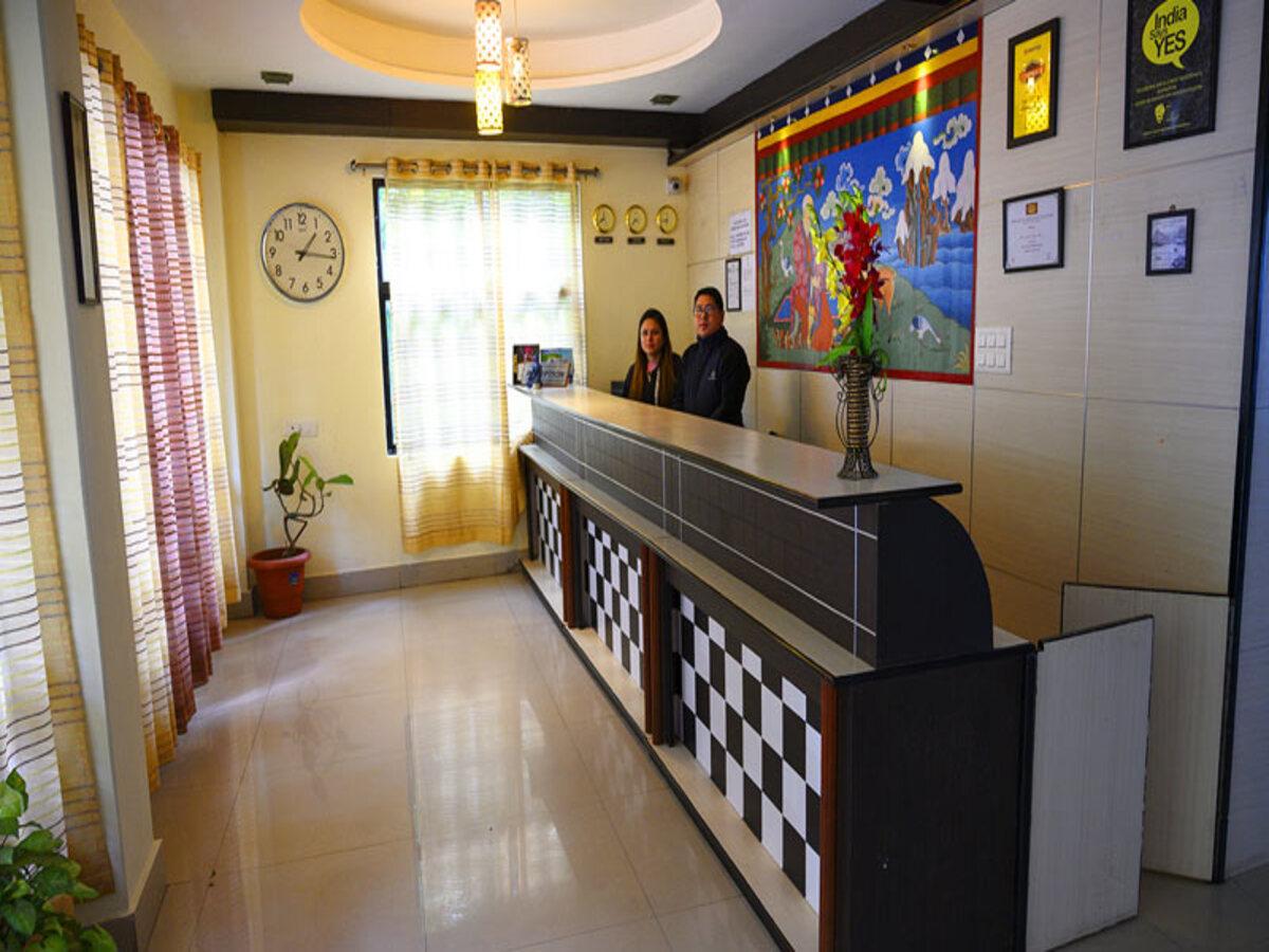 Gangtok Deluxe Hotel - 2